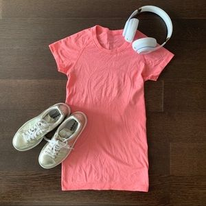 Swiftly Tech Short Sleeve Pink/Salmon size 4.